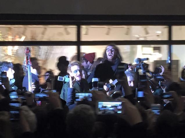 Bono busking